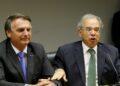 Jair Bolsonaro e o ministro  Paulo Guedes, fazem  declaração conjunta à imprensa no auditório do ministério da economia em Brasília. Foto: Wilson Dias/ Agência Brasil