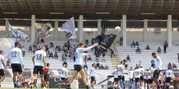 Mais de 1.500 ingressos já foram vendidos até a tarde desta sexta. A compra deve ser feita exclusivamente por meio do site Futebol Card. Fotos: Diego Almeida/Ponte Press