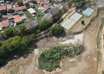 Reservatório de água praticamente seco em Valinhos. Fotos: Divulgação / PM Valinhos