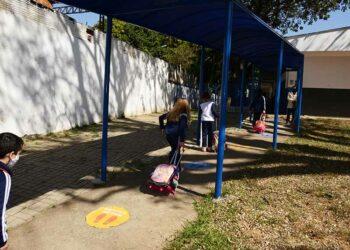 Alunos das escolas municipais terá aulas 100% presenciais a partir do dia 3. Foto: Divulgação / PMC